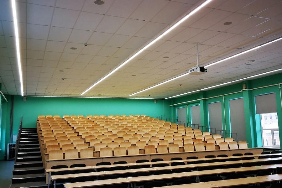 Освещение аудитории Высшей школы экономики